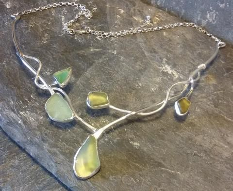 1421 Seafruits Blossom Necklace