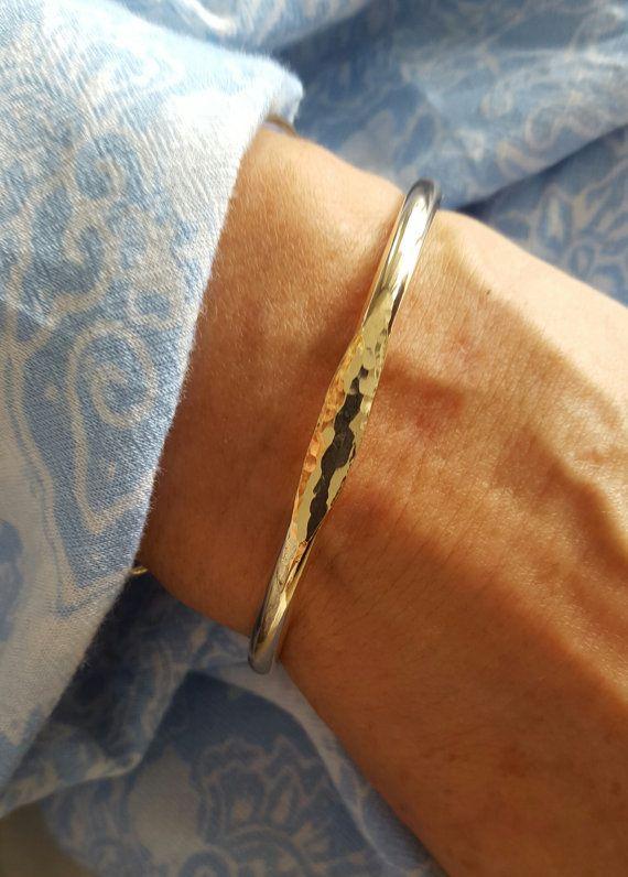 Signet Manschette Armband Gold Armreif Armband von VenexiaJewelry