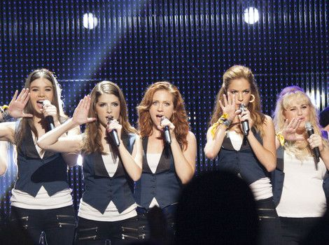 "Emily (HAILEE STEINFELD), Beca (ANNA KENDRICK), Chloe (BRITTANY SNOW), Stacie (ALEXIS KNAPP) and Fat Amy (REBEL WILSON) perform as the Barden Bellas in ""Pitch Perfect 2."""