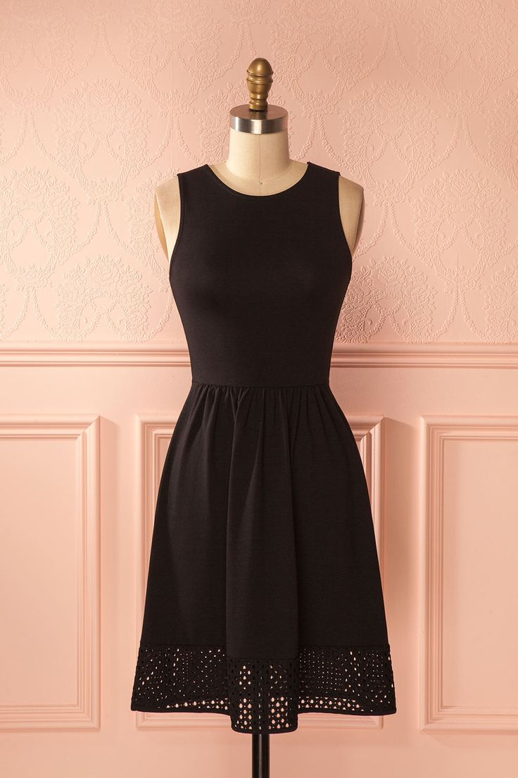 Valentine's Day with Mythili / Little black dress with a twist ! #classic #Boutique1861