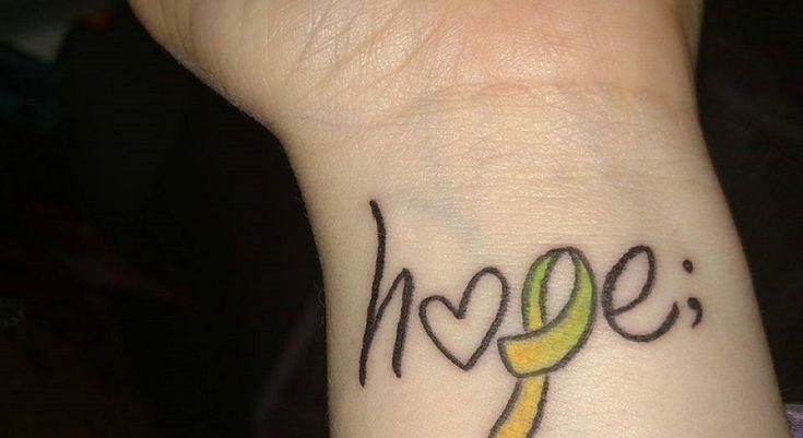 """Se ha puesto de moda un tatuaje con el símbolo de """"punto y coma"""" (;). ¿Qué significa este símbolo para las personas que han decidido plasmarlo en su piel?"""