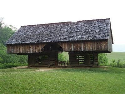 nifty old barn :-)