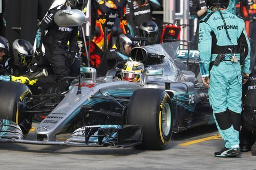 AP                  2:00 a.m. ET March 27, 2017                 Mercedes driver Lewis Hamilton of Britain has a tire change during the Australian Formula One Grand Prix in Melbourne, Sunday, March 26, 2017. (Brandon Malone/Pool Photo via AP)(Photo: The Associated...  http://usa.swengen.com/vettels-drought-breaker-for-ferrari-sets-up-f1-duel-in-2017/