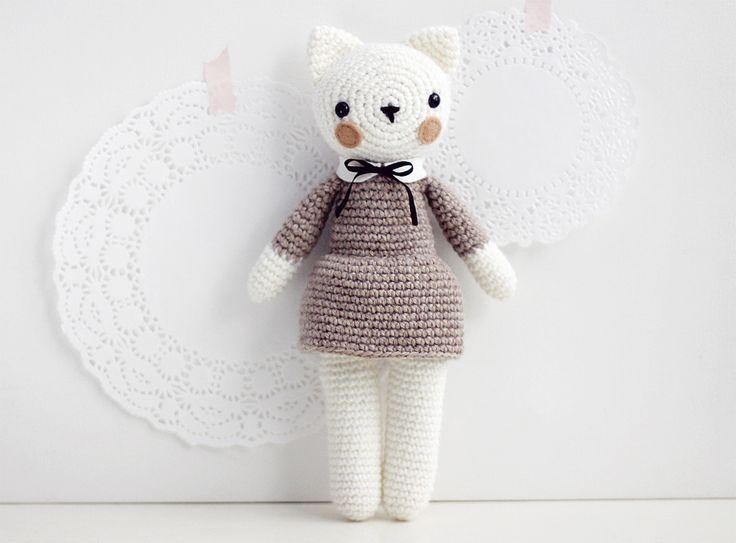 Amigurumi Cat Doll : 137 best muñecos tejidos crochet toys crochet dolls 4 images on