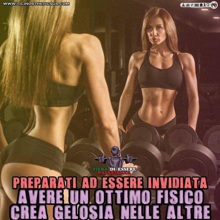 Essere invidiate una normalità  ItalianShredStyle  Il fitness al femminile. Pagina Facebook: http://ift.tt/28TtDw8 #italianshredstyle #shredstyle #palestrata #malatadipalestra #malatadighisa #passionepalestra #pazzadipalestra #ragazza #ragazzapalestrata #glutei #gambe #squat #palestra #motivazione #motivazionale #ghisa #italia #culturista #fitnessgirl #ragazzafitness #bikini #bikinifitness #ragazze #palestrate #pazzedipalestra #malatedipalestra