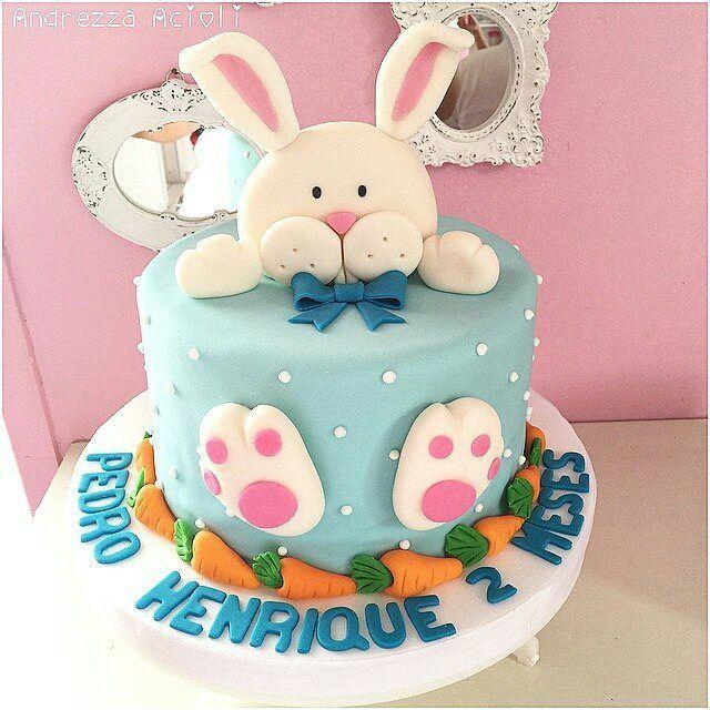 Já pensando no próximo Mensário  Muito fofinho esse bolo! #festejandoemcasa #pascoafestejandoemcasa #bolopascoa #mesversario #mesversariofc #mesversariopascoa #pascoa By @andrezzaacioli