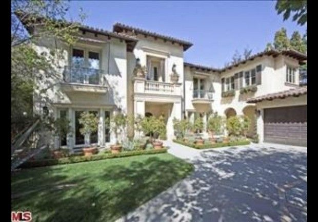 Britney Spears      Celebrity 100 Rank: No. 6; made $58 millionHome (pictured above): Summit Circle, Beverly Hills, CA (recently sold)Sale Price: $4.24 millionHome: Sherwood Country Club mansion, Thousand Oaks, CARent Price: reportedly $25,000 per month