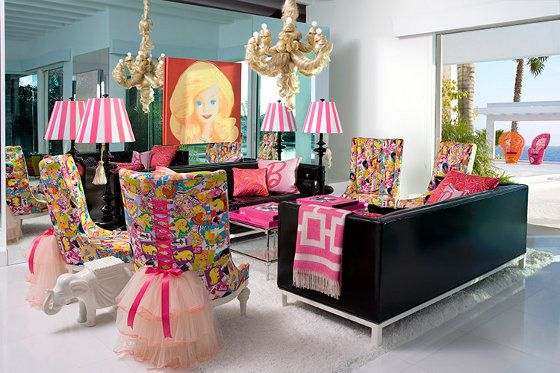 DOPE Living Room, adorable Lamp Shades & tulle Chairs
