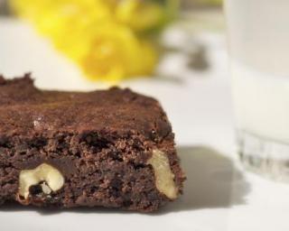 Brownies minceur au mascarpone : http://www.fourchette-et-bikini.fr/recettes/recettes-minceur/brownies-minceur-au-mascarpone.html