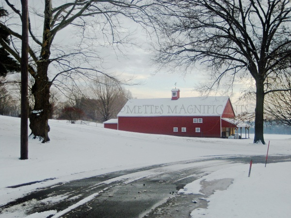 Connecticut red barn in winter #Connecticut #barn  http://moomettesmagnificents.com/blog/red-barn-tobacco-country-connecticut/