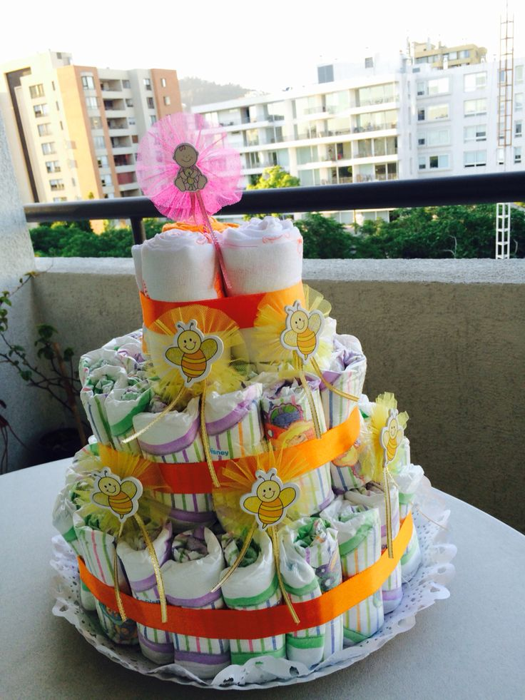 Torta de pañales para babyshower. Hecho con mucho amor!!!  Consulte por la suya