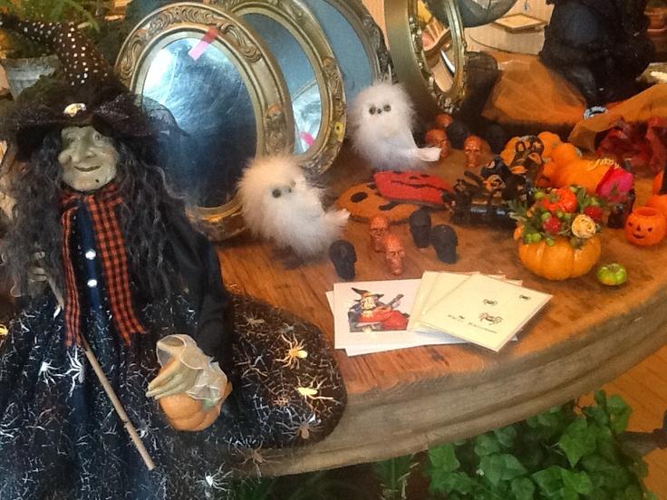 halloween decorations at the shop chicago nkfloraldesign httpnkfloraldesign