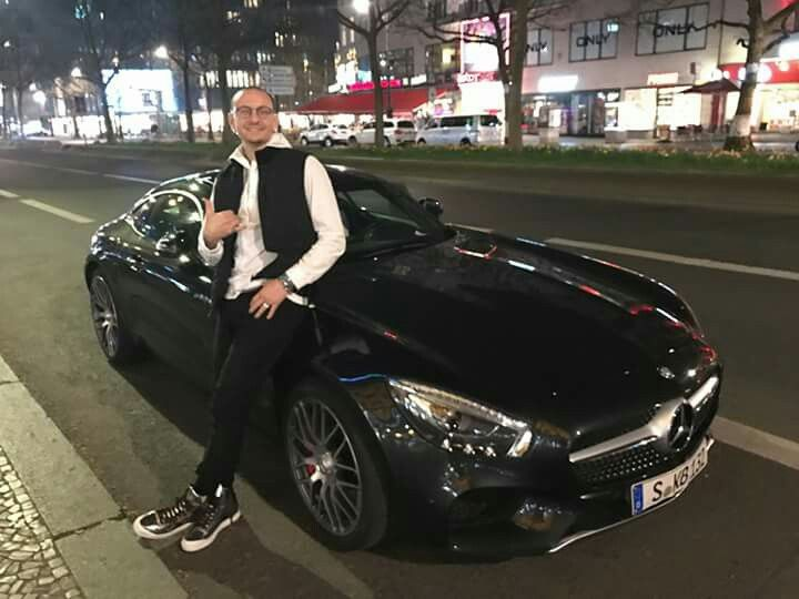 you spent your money on a SLS mercedes?  i got hugh heffner a gullwing mercedes   your a idiot in more then one way!  may u rest in peace!