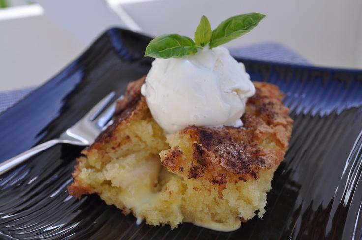 Saftig eplekake med vaniljekrem