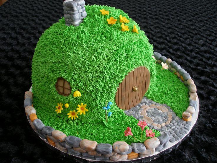 the hobbitt birthday cakes | View Full-Size Image