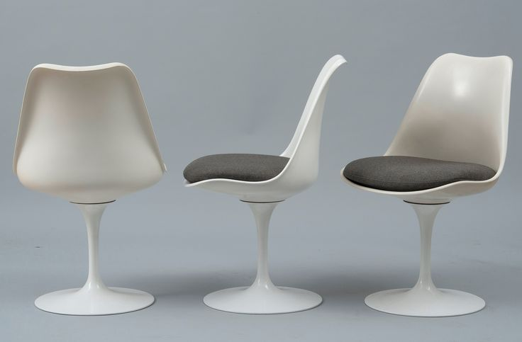 Eero Saarinen, Tulip chair, design 1955 for Knoll International USA