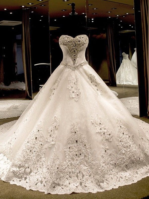 Ball Gown Sweetheart Tulle Cathedral Train With Liques Lace Wedding Dresses
