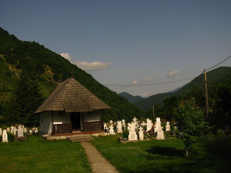 biserica-veche-ciunget-trivo-ro.jpg (1024×768)