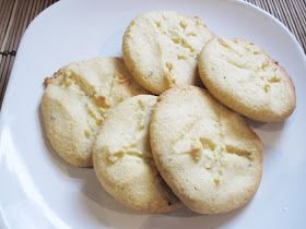 A Wolf and her Dinner: Norwegian Cardamom and Lemon Stamped Cookies