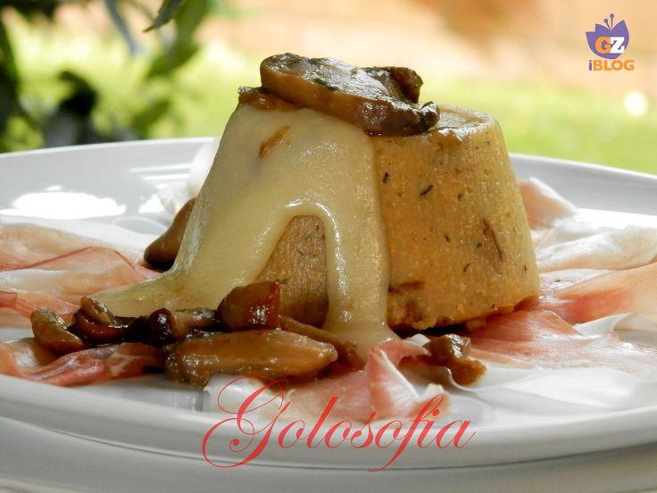 Tortino di polenta, funghi e formaggio fuso, ricetta antipasti