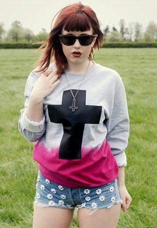"""Herer at banterboutique we customise a range of T shirts, sweatshirts and Vintage Levis  soft cotton mix grey sweatshirt dip dyed hem in pink with leather cross to front each one hand created to order, so will all differ slightly very unique  Small - 36""""-38"""" uk 8-10  Medium - 38""""-40"""" Uk 12-14  Large - 42""""-44"""" UK 14-16  X Large - 46""""-48"""" Uk 18-20  XX Large - 50""""-52"""" 22 -24  Fully machine washable, wash with similar colours"""