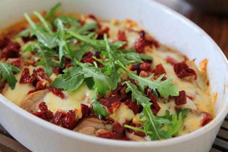 Jennys matblogg: Italiensk fläskfile med mozzarella och soltorkade tomater