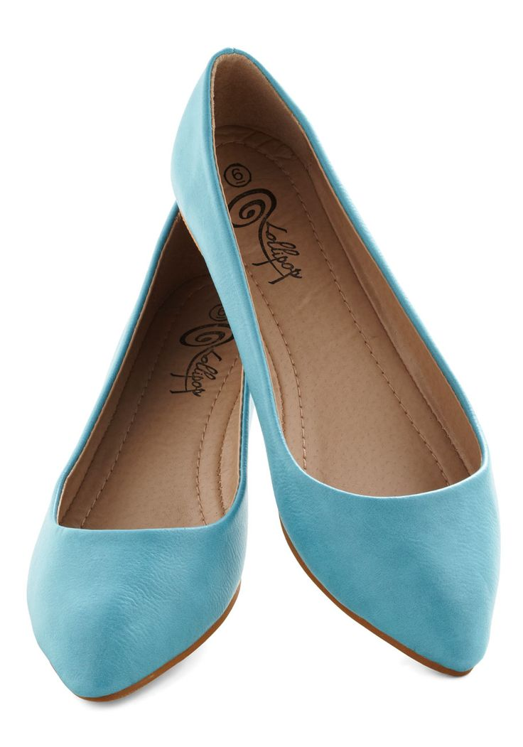 Love these turquoise pointed-toe flats!