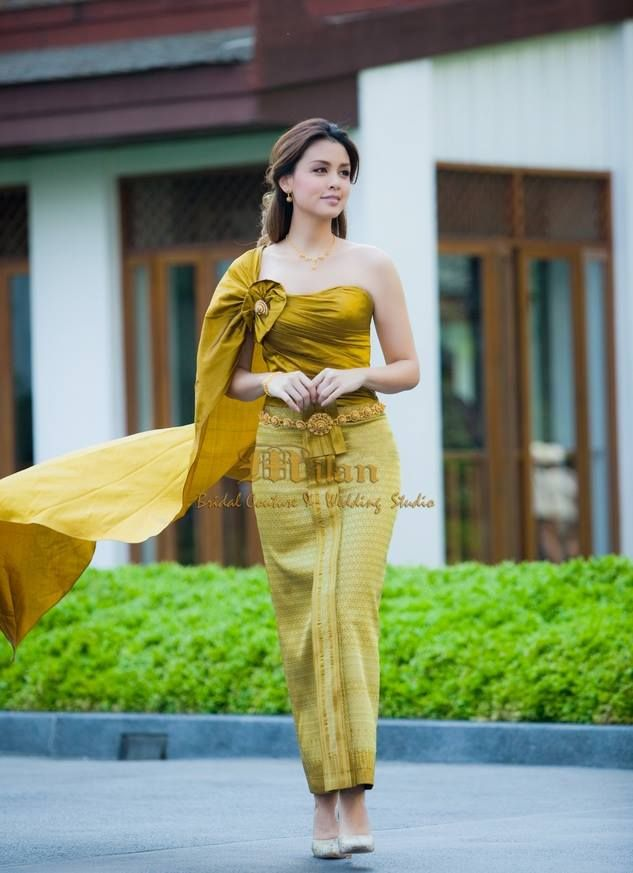 <3 Green traditional thai outfit