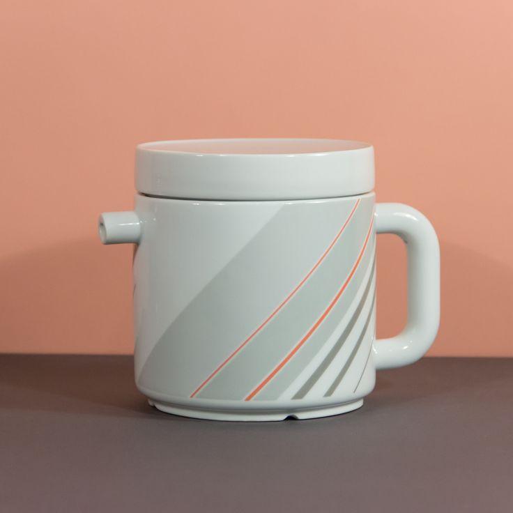 Spójrzcie na ten dziubek! #Friesland #Melitta  #ceramics, #midcenturymodern #modern #vintage #teapot #coffeepot
