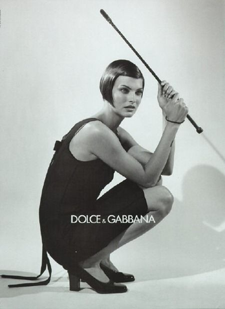 Linda Evangelista's bob haircut without bands