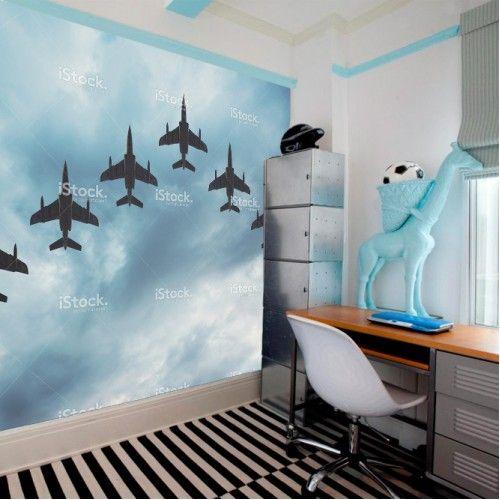 Fotobehang straaljagers in formatie | Maak het jezelf eenvoudig en bestel fotobehang voorzien van een lijmlaag bij YouPri om zo gemakkelijk jouw woonruimte een nieuwe stijl te geven. Voor het behangen heb je alleen water nodig!   #behang #fotobehang #print #opdruk #afbeelding #diy #behangen #straaljagers #straaljager #formatie #vliegtuig #vliegen #lucht #hemel #wolken