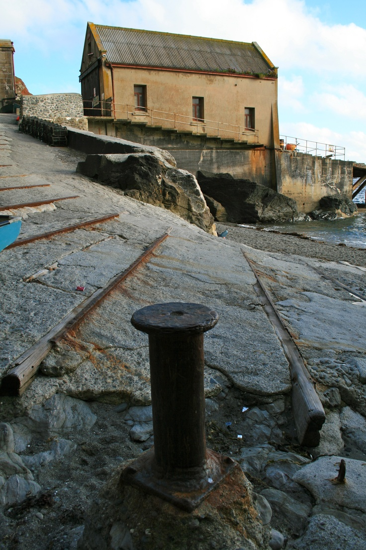 Disused Life Boat House (Lands End, Cornwall - August 2011)