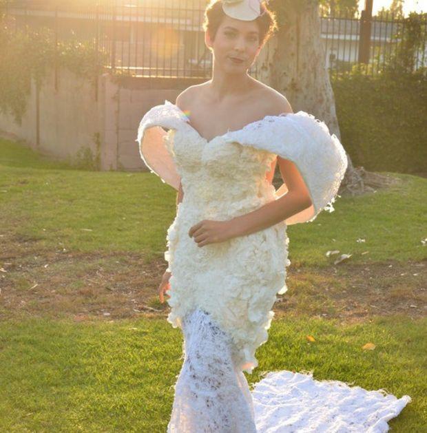 Cette robe est dédiée à des femmes qui ont souffert d'un cancer du sein