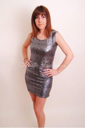 Rochie de club Silver cu spate decupat, acoperit cu tul transparent