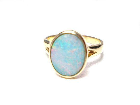 Opal ring  bezel set gemstone ring 14k yellow von IvoryCatCreations