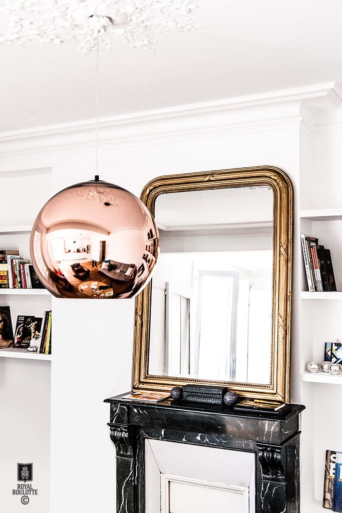 ROYAL ROULOTTE -★- LEVALLOIS - FRANCE - BOOK SHELVES - TOM DIXON - OLD MIRROR