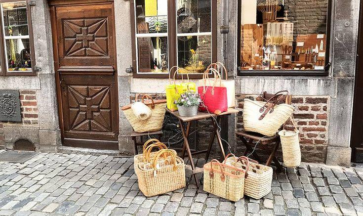"""Nanna Reising: Pause im Hof und """" Sehenswürdigkeit"""" der Touristen"""