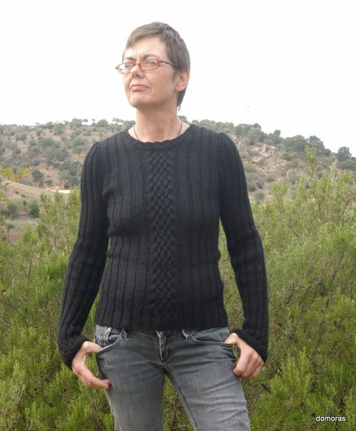 SICULIANA, beautiful sweater in a ribbed pattern in DK-weight wool. Do-it-yourself - knitting pattern from domoras
