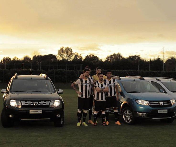 Dacia este o marcă auto apreciată în Italia, țară în care sponsorizează una dintre echipele fotbal de prim-plan. Cine ne spune numele formației?