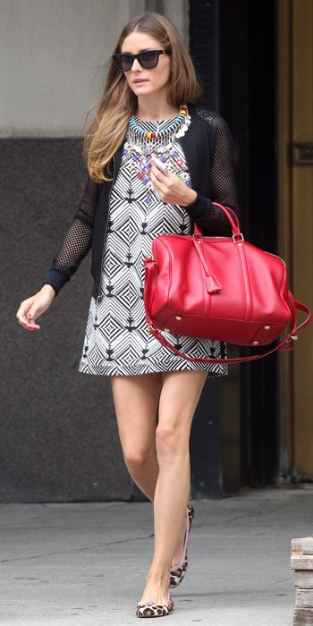 Olivia Palermo / the same necklace as with the white dress add colors and shine to that graphic printed dress.