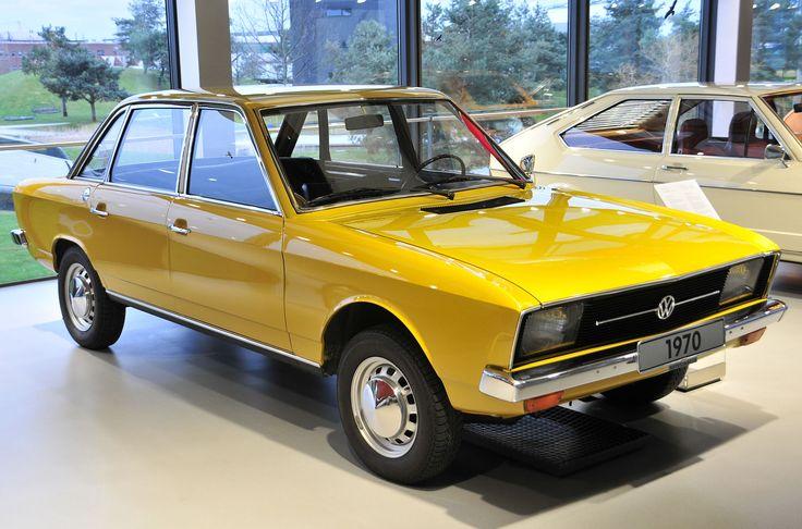 Volkswagen K70  - Het eerste model van Volkswagen met een lijnmotor, waterkoeling en voorwielaandrijving  #Volkswagen #K70 #YNCL