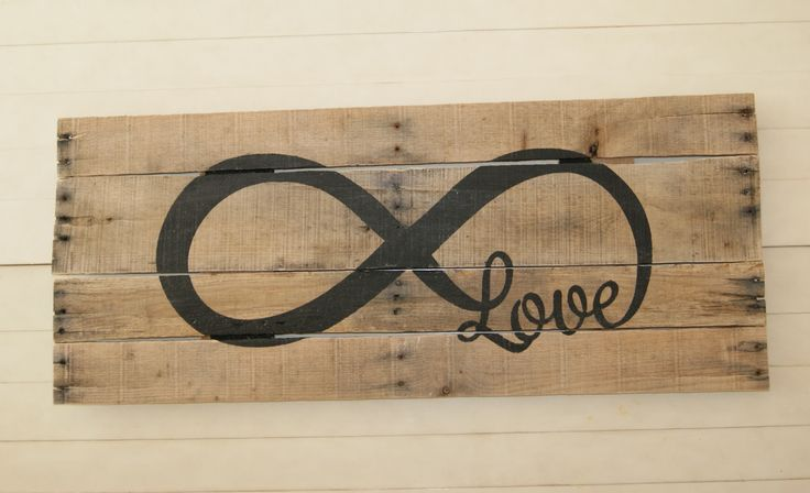 The Life of a Craft Crazed Mom: Infinity Loop Pallet Art
