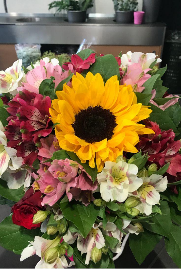 La bellezza del girasole... #bouquet #Fiorito