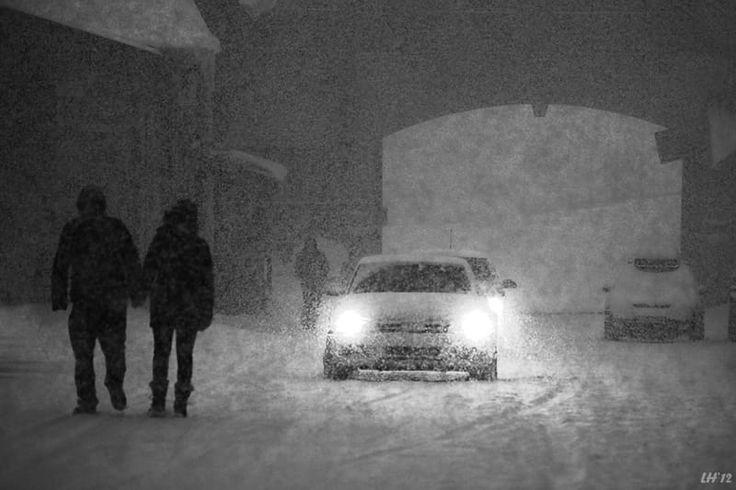 Um dia nevado.  Fotografia: Liron Ha em 500px.