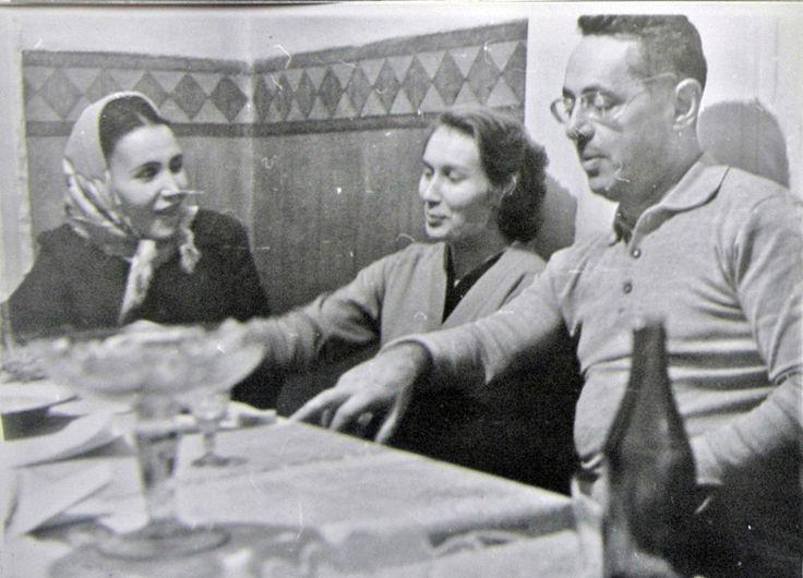 .. Die UdSSR. 1960-1970-Ies. Pawlodar. Journalisten. ............................................... L'URSS. 1960-1970-ies. Pavlodar. Journalistes.