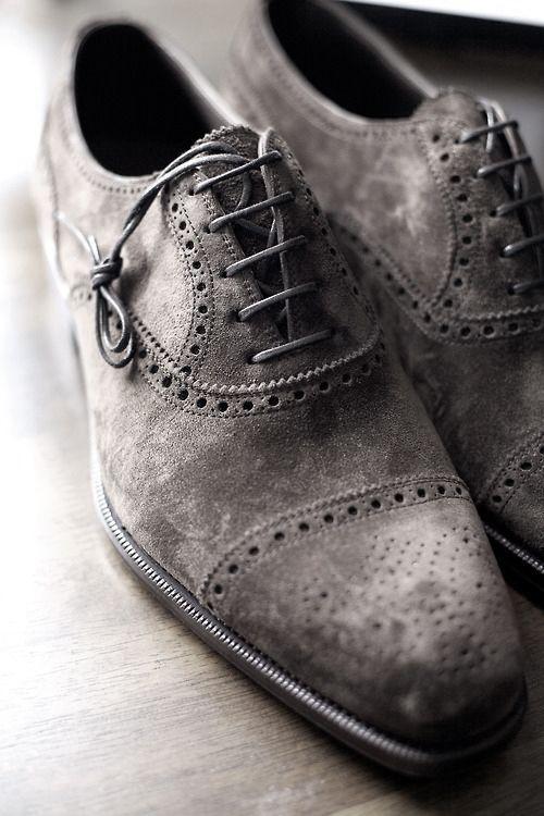 Cap Toe Suede Shoes........
