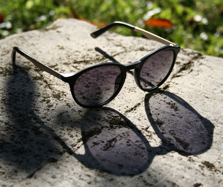 Show off your hidden part.  Web Eyewear sunglasses style WE0150.