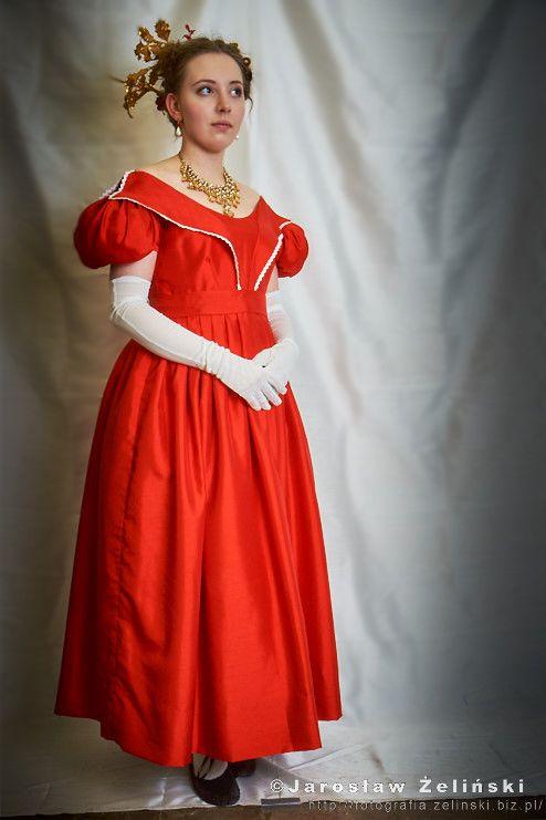 1830s ball dress