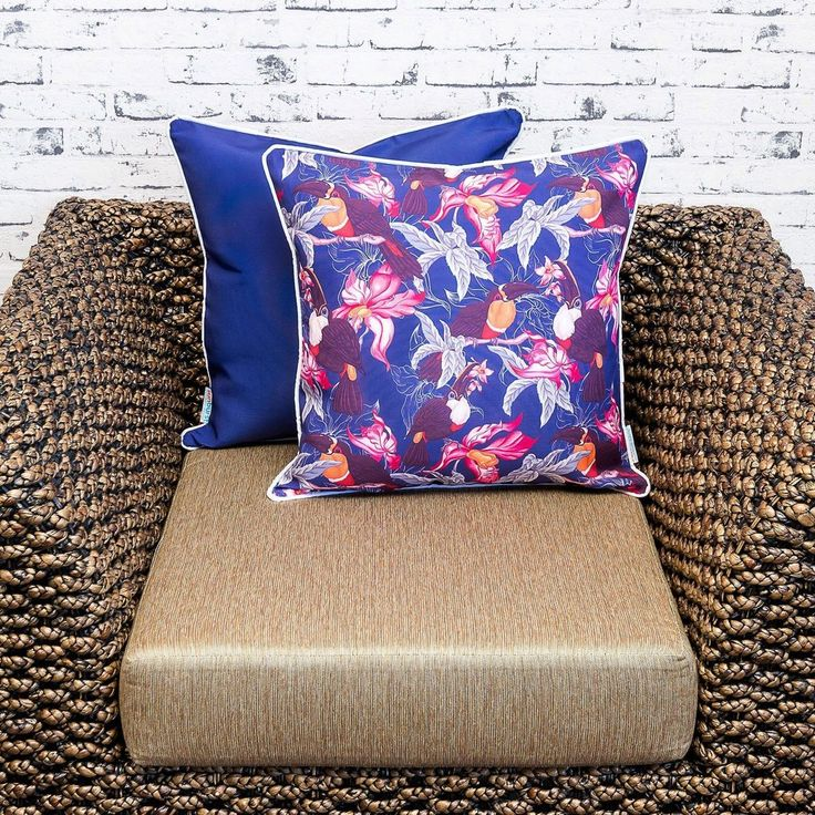 Shine. Our flip cushion cover range was designed to cater to customers wanting a plain cover to contrast our patterns. The plain colour is chosen to best compliment the printed pattern.  #sunburstoutdoorliving #cushions #Kombi #cushioncovers #myhousebeautiful