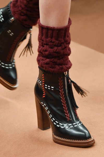 Tod'S at Milan Fashion Week Fall 2016 - Details Runway Photos